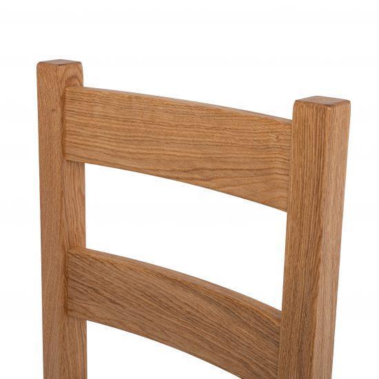 Dubová olejovaná židle Alexis černá koženka