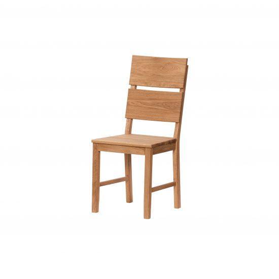 Masivní dubová lakovaná židle Karla
