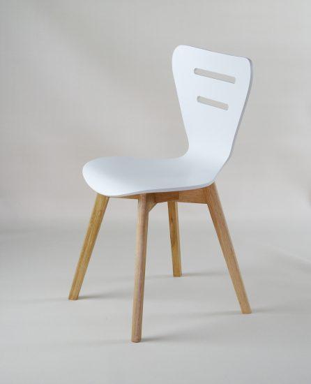 Dubová olejovaná jídelní židle Doris W