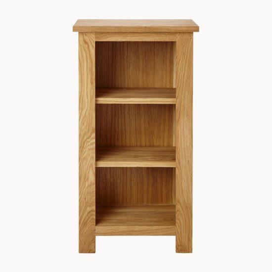 Malá masivní dubová knihovna