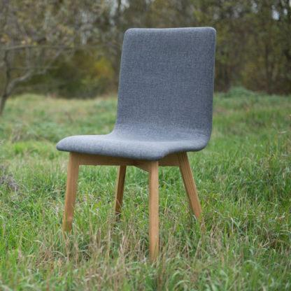 Dubová jedálenská stolička Grim