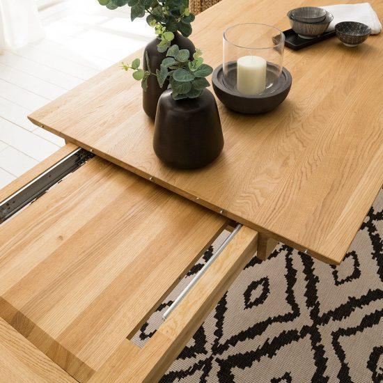 Dubový rozkládací jídelní stůl Domingo