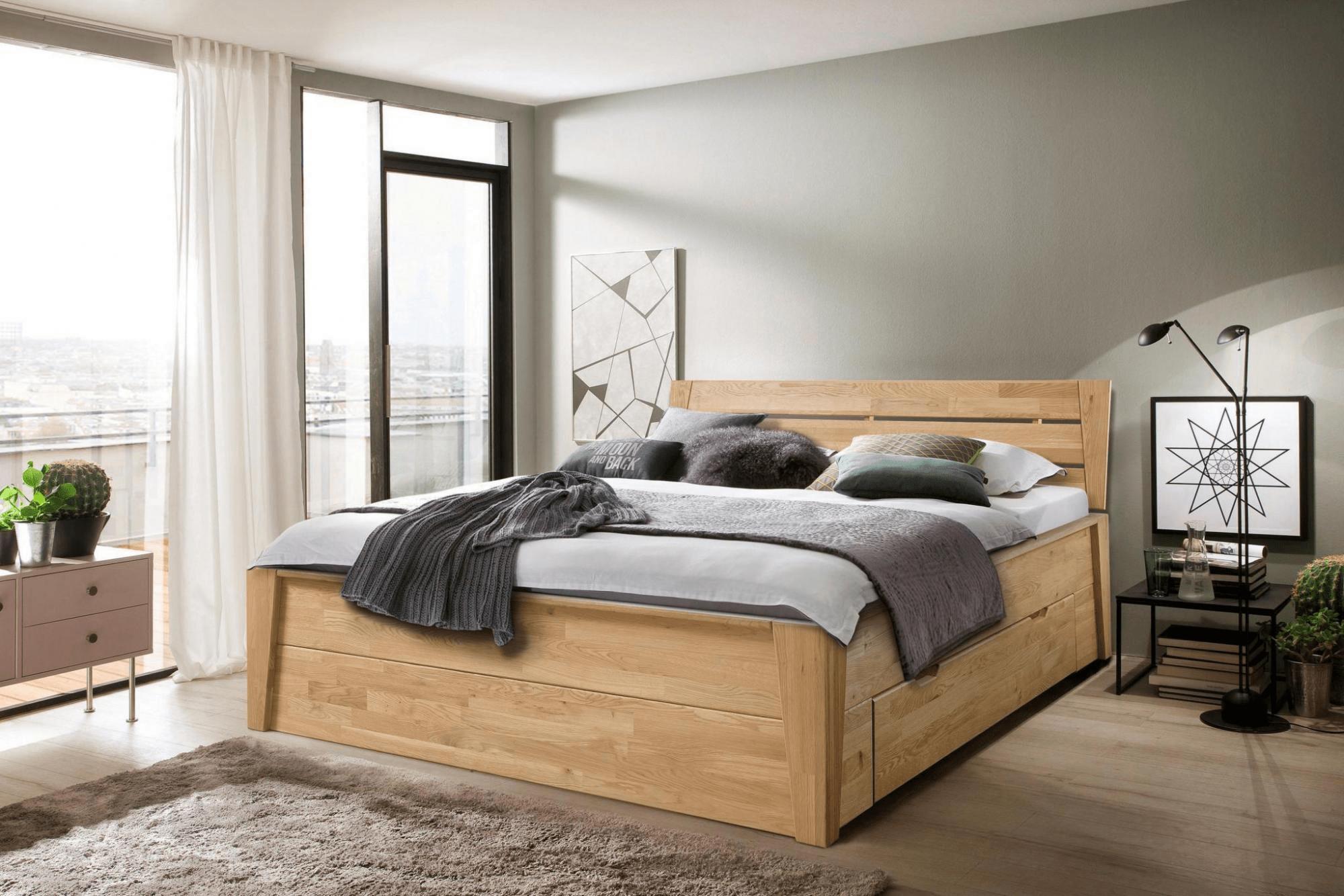 Dubová masívna posteľ Denisa 180 x200 cm